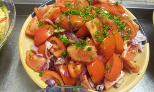 Red Onion & Tomato Salad with Balsamic Dressing